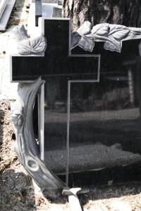aplikacje nagrobkowe z granitu