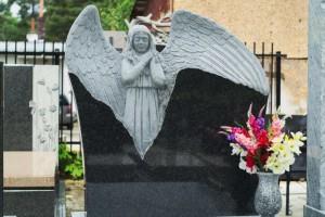 rzeźby cmentarz północny