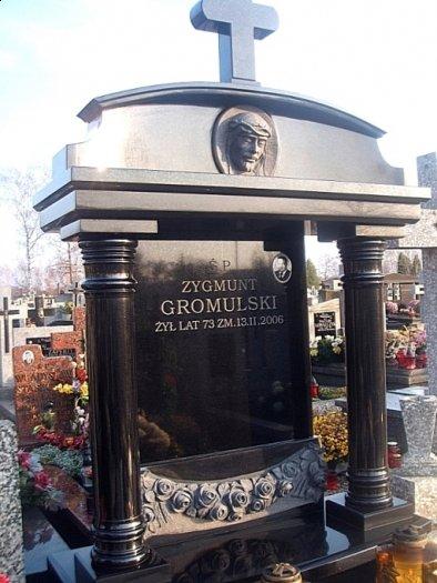 pomniki Junikowo