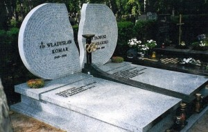 grób Komar