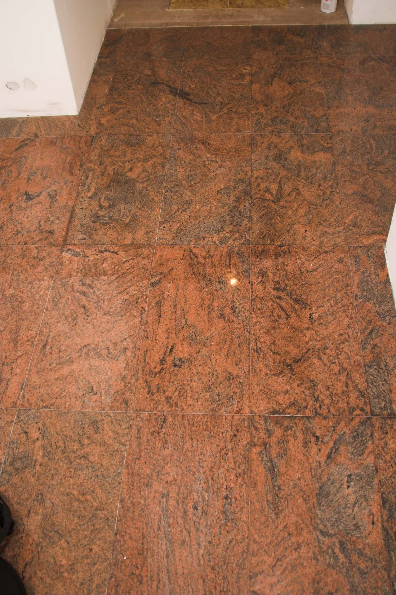 podłogi granitowe