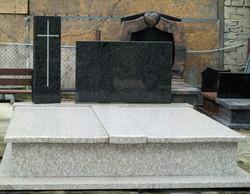 pomniki granit