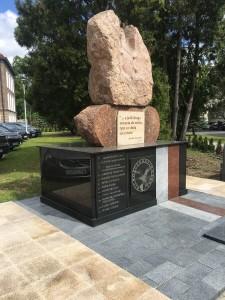 pomnik renowacja warszawa