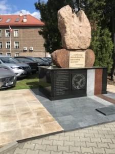 pomniki granitowe renowacja
