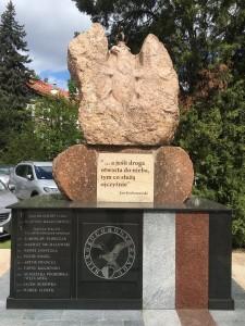 renowacja pomników warszawa