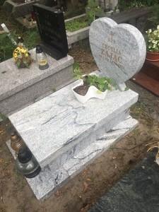 nagrobki dziecięce cmentarz południowy