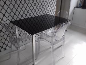 granit stół