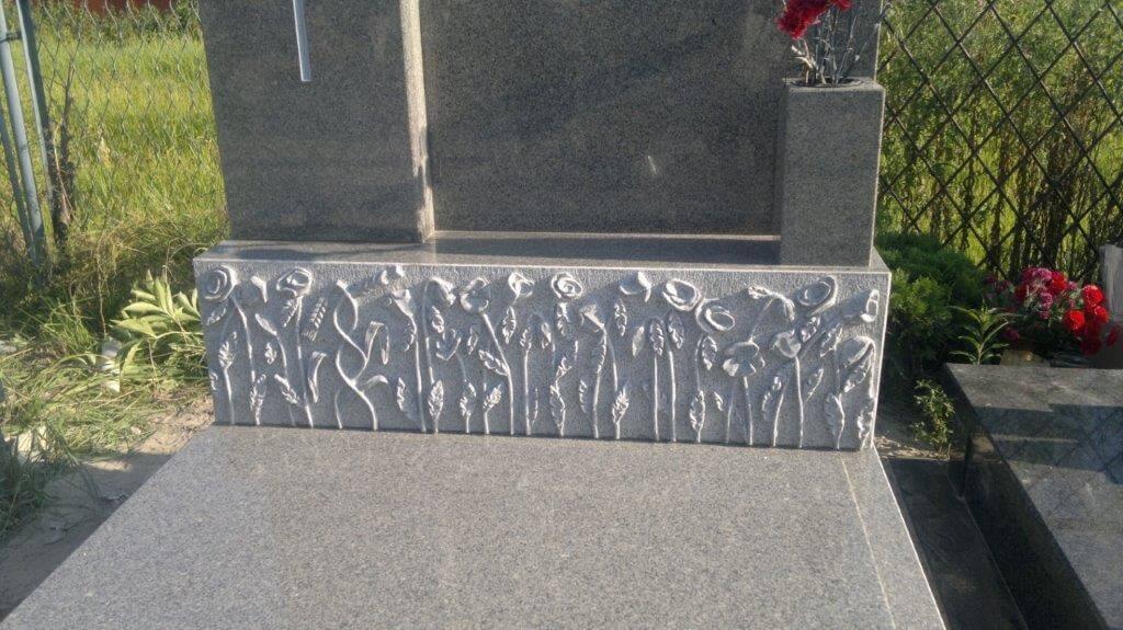tanie pomniki granitowe warszawa