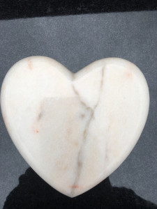 rzeźba marmurowa serce rosso portogallo