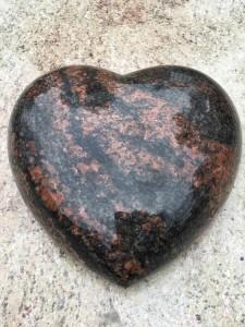 serce z granitu warszawa