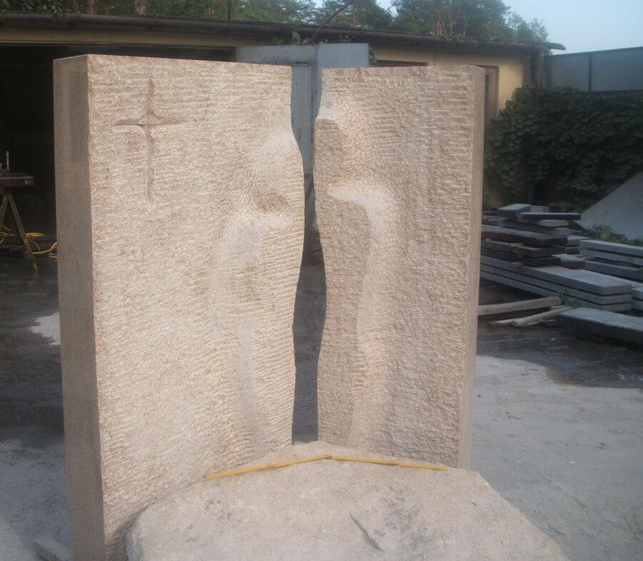 pomnik granitowy w warszawie