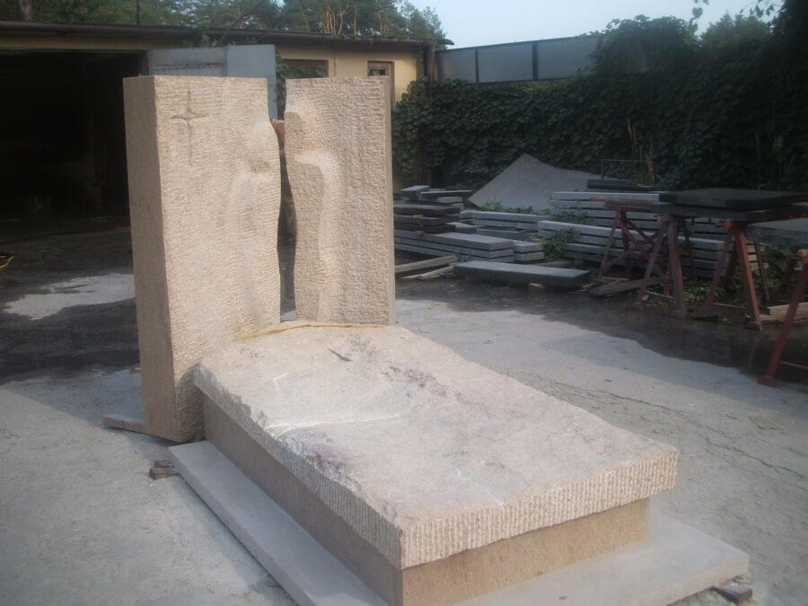 pomniki granitowe zdjęcia