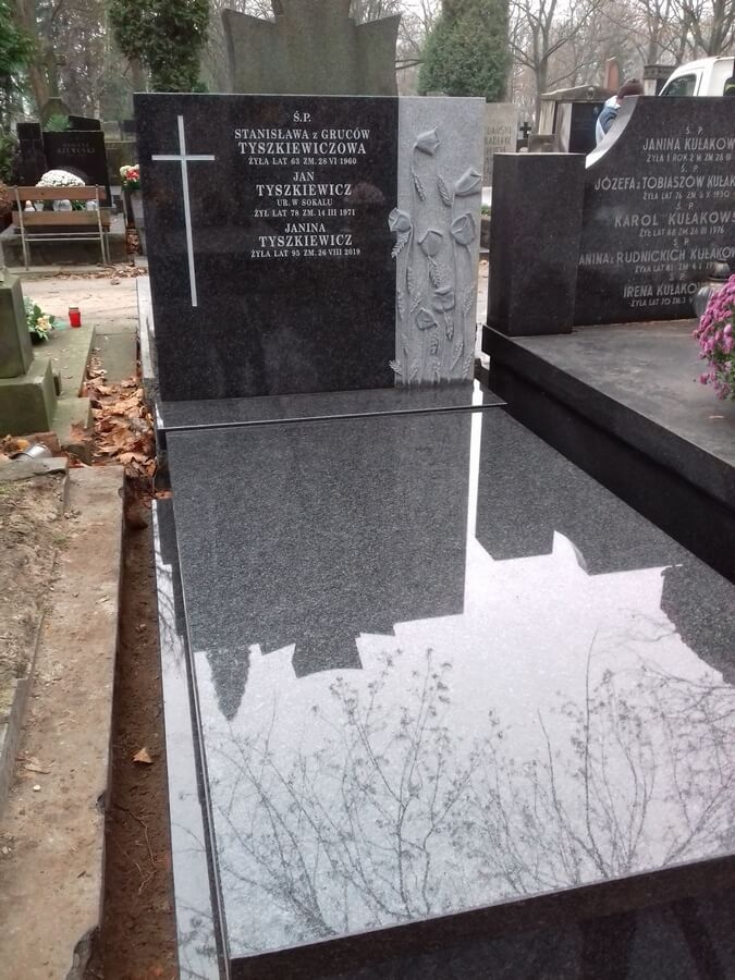 pomnik granitowy jaka cena