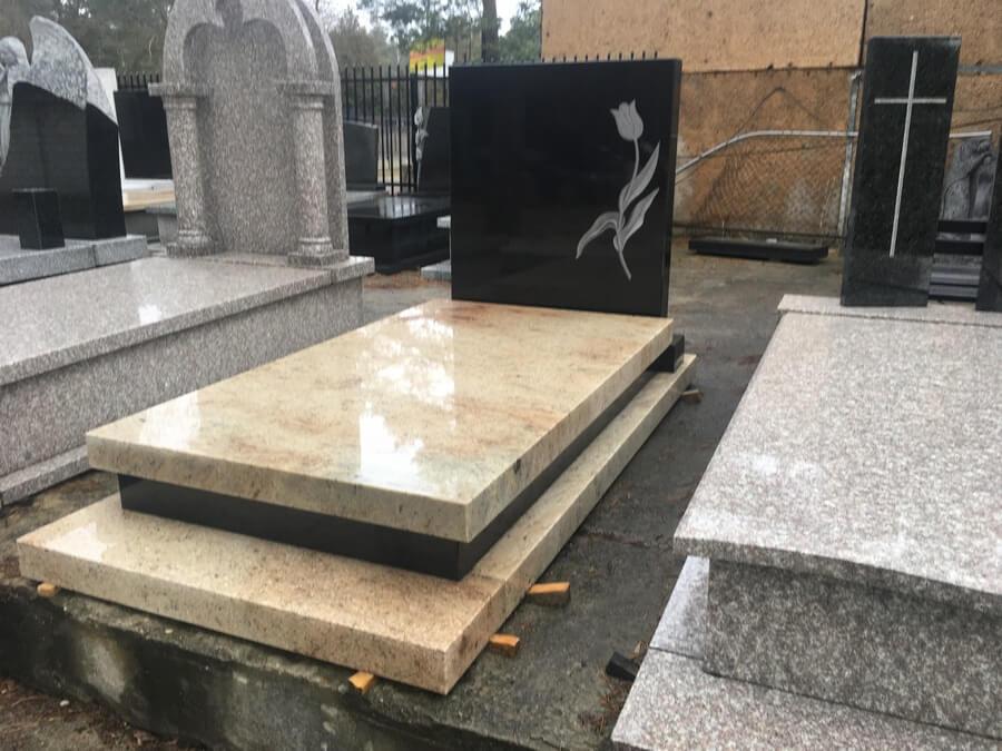 pomnik granit Głowaczów