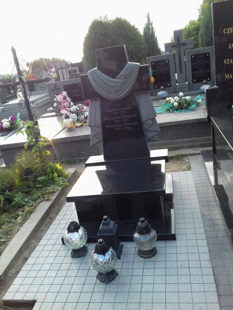 pomniki urnowe warszawa