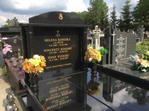 nagrobek granitowy cmentarz dobre