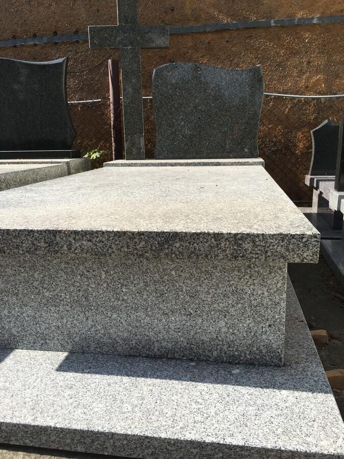 nagrobek granit strzegomski mazowieckie