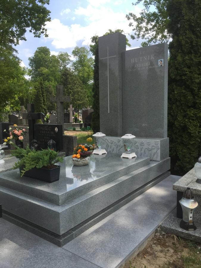 nagrobki granitowe szare warszawa