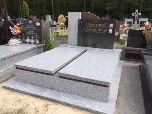 pomniki cmentarz Wiązowna