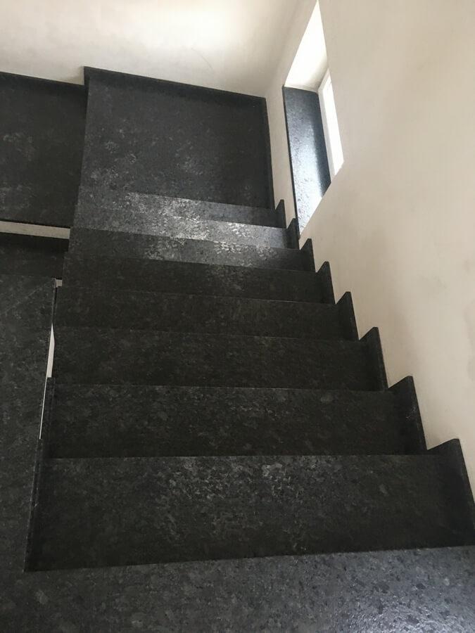 schody granitowe silverpearl