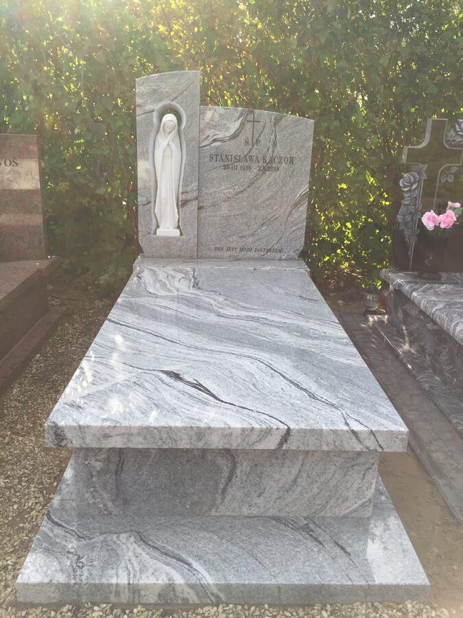 granit pomnik