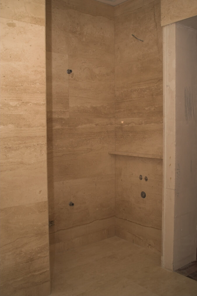kamień w łazience marmur mazowieckie