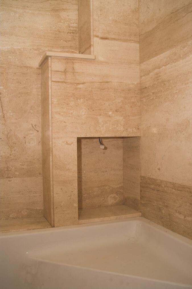 kamień w łazience przykłady