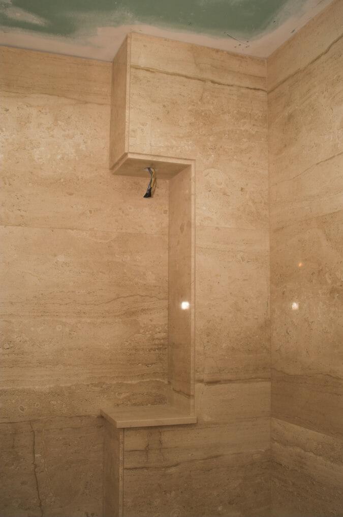 marmur w łazience przykład