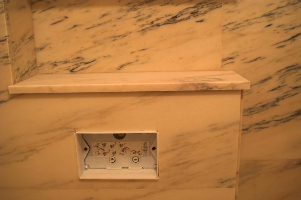 klasyczna łazienka marmur warszawa