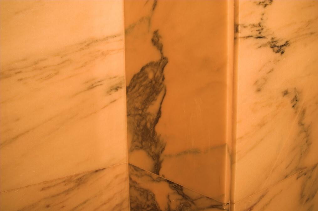 klasyczna łazienka marmur