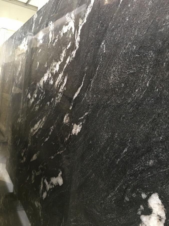 thunder black kamień warszawa