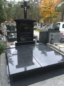 nagrobki rodzinne czarny granit warszawa