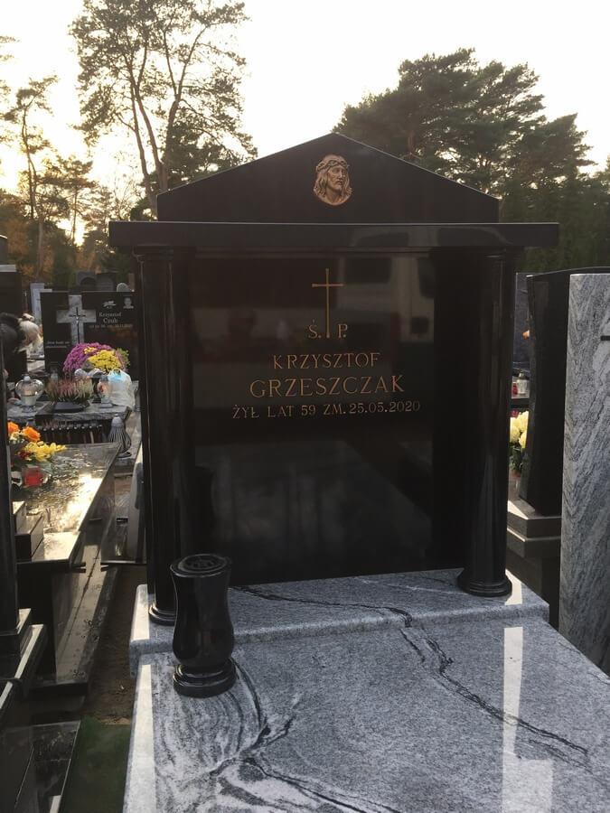 najlepsze pomniki granitowe