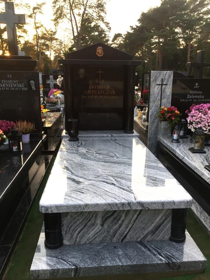 najlepszy pomnik granitowy